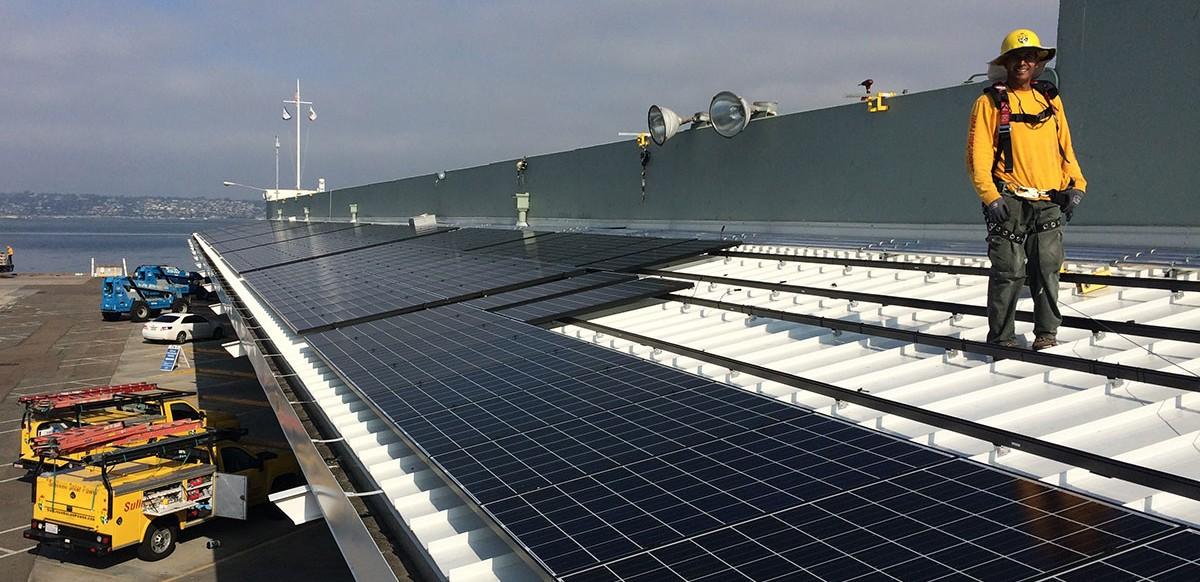mc_2016-06-16-photovoltaic-system-B-Street-Terminal
